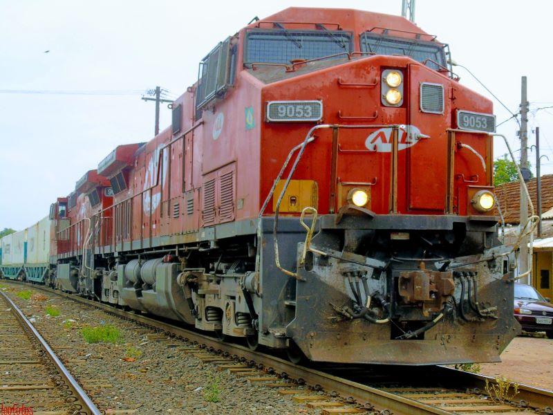 industries-locomotive-2.jpg